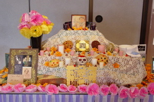 Day of the Dead altar of the English Club